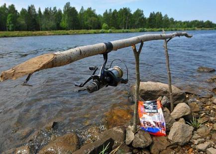 приспособление прикормки рыбы